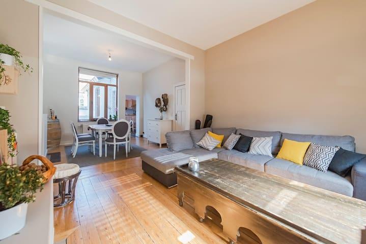 Splendide maison chaleureuse - Liège
