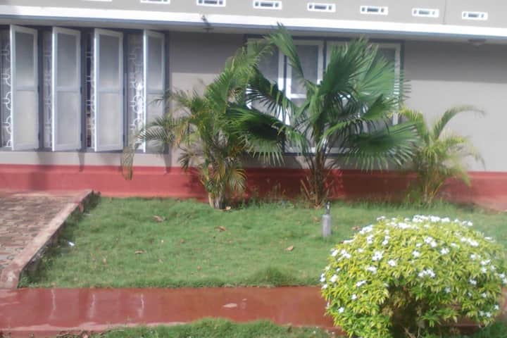 """Mathura"" Home / Three rooms for rental in Jaffna"