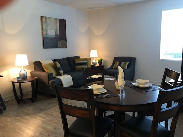 ★ Fully Furnished Apartment in Fishers ★