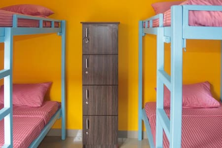 4 bed Dorm at Chettinadu, Kanadukathan