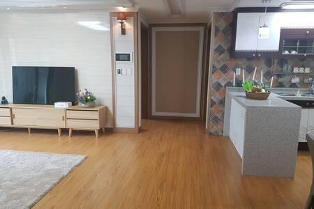 J클래식 103동102호 - Geumeum-gil, Gimcheon-si - อพาร์ทเมนท์