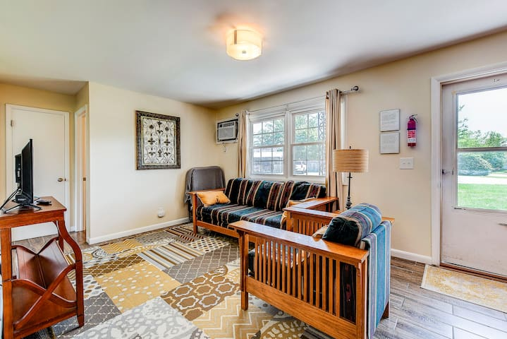 Maple Park Flat 2 *near Grand Park and downtown*!