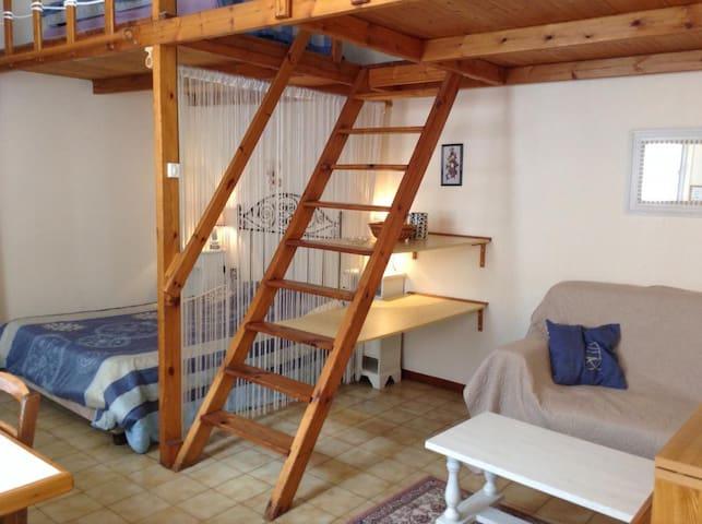 Studio tous conforts proche centre - Rochefort