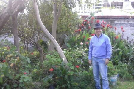 Casa en buena ubicación con hermoso jardín