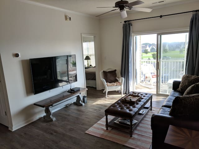 Newly Renovated Lewes Condo Minutes from Beach!