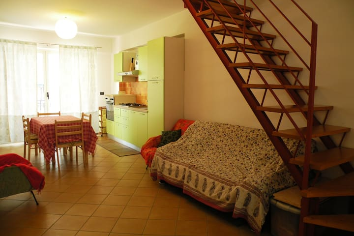 holiday house in Scilla, a lot of space and light - Scilla - Dům