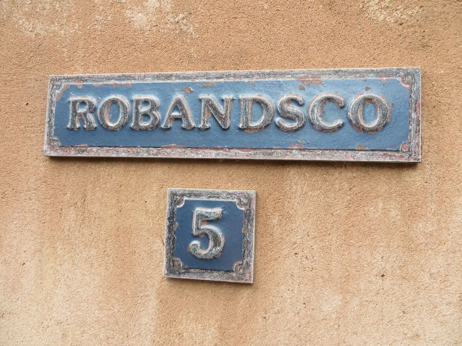 Welcome to Robandsco!