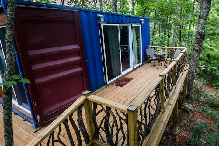 Sunrise Shipping Container-Tiny Home - Dahlonega - Cottage