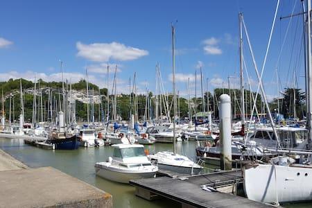 """Escapade entre """"Terre et Eau"""". - Mortagne-sur-Gironde - Lakás"""