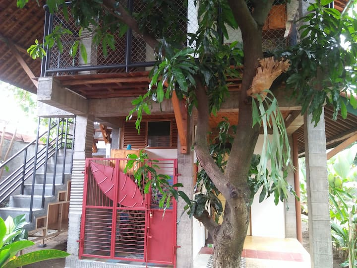 Melati Double Studio with Shady Balcony (upstairs)