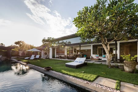 Luxury Villa Amita - South Kuta