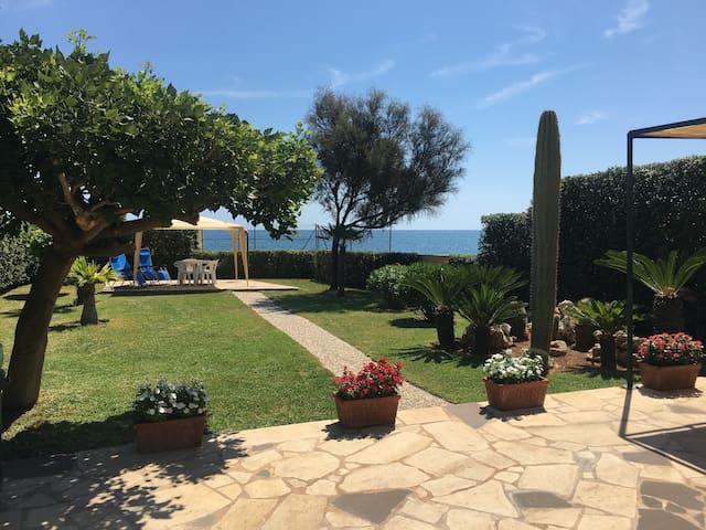 Villa sul Mare tra Avola e Noto - Cicirata - Willa