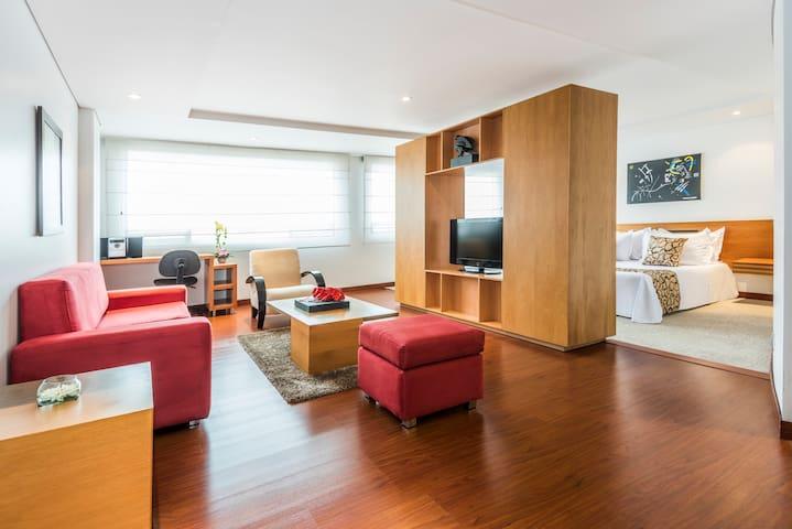 Apartamento en Obelisco Santa Bárbara - Bogotá - Apartment