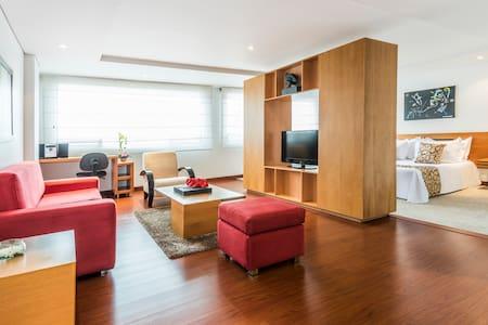 Apartamento en Obelisco Santa Bárbara - Bogotá - Flat