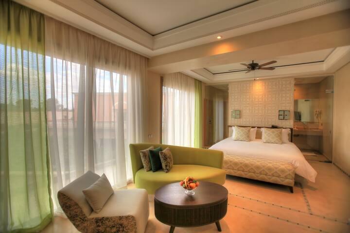 Majorelle presidential suite