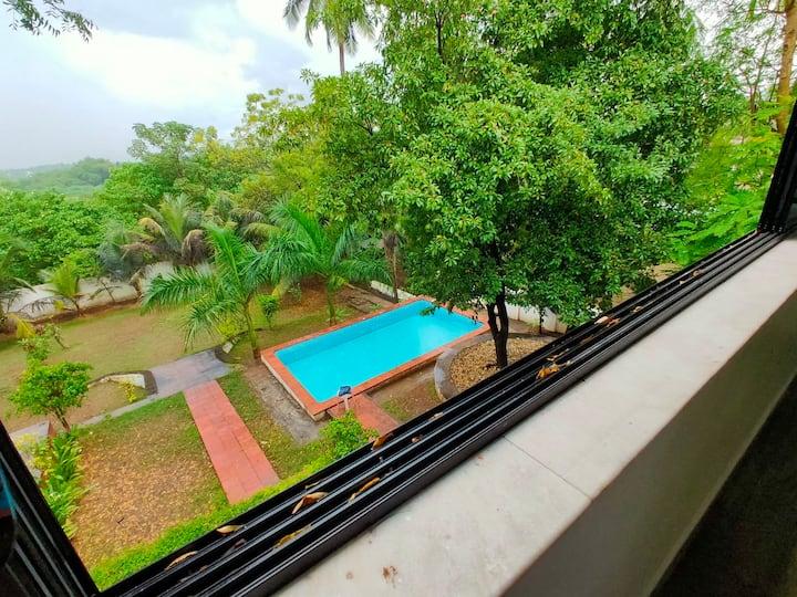 3bhk villa with pool, garden, near beach in bordi
