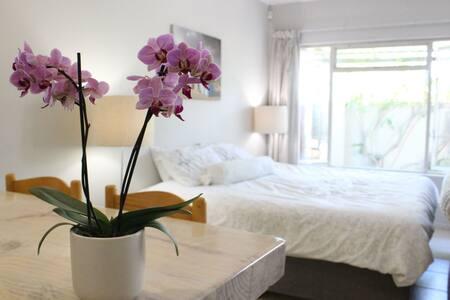 Charming studio flat - Plettenberg Bay