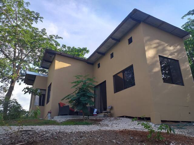 Fully equiped house ,6-7 pax, 20 mins to Tamarindo