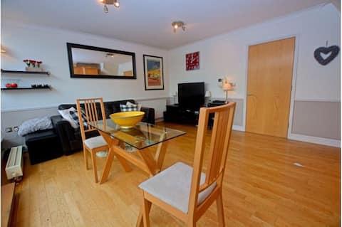 Lovely 2 Bedroom Apartment in Brentford