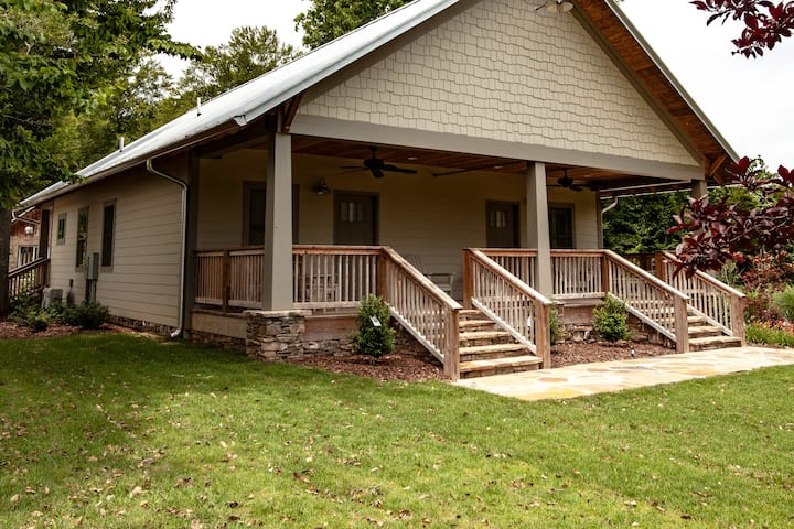 Bungalow South on 400+ acres with Private Lake