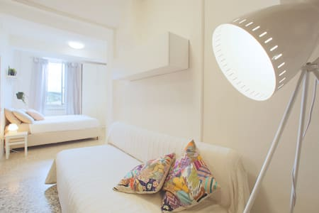 Luminoso appartamento con vista! - Apartamento