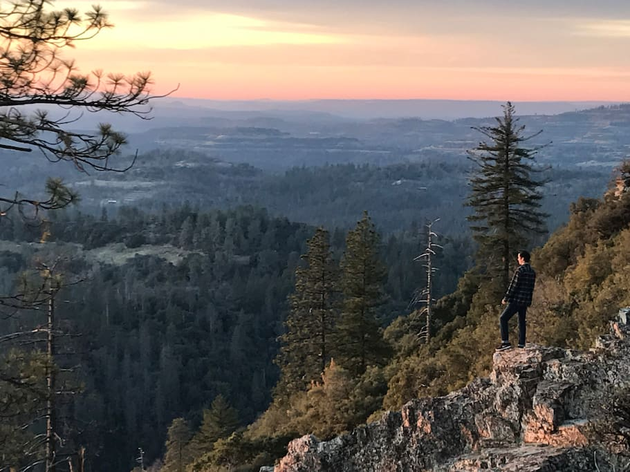 Top of the World- Sunset, Arnold Rim Trail. 2.5 mile hike.
