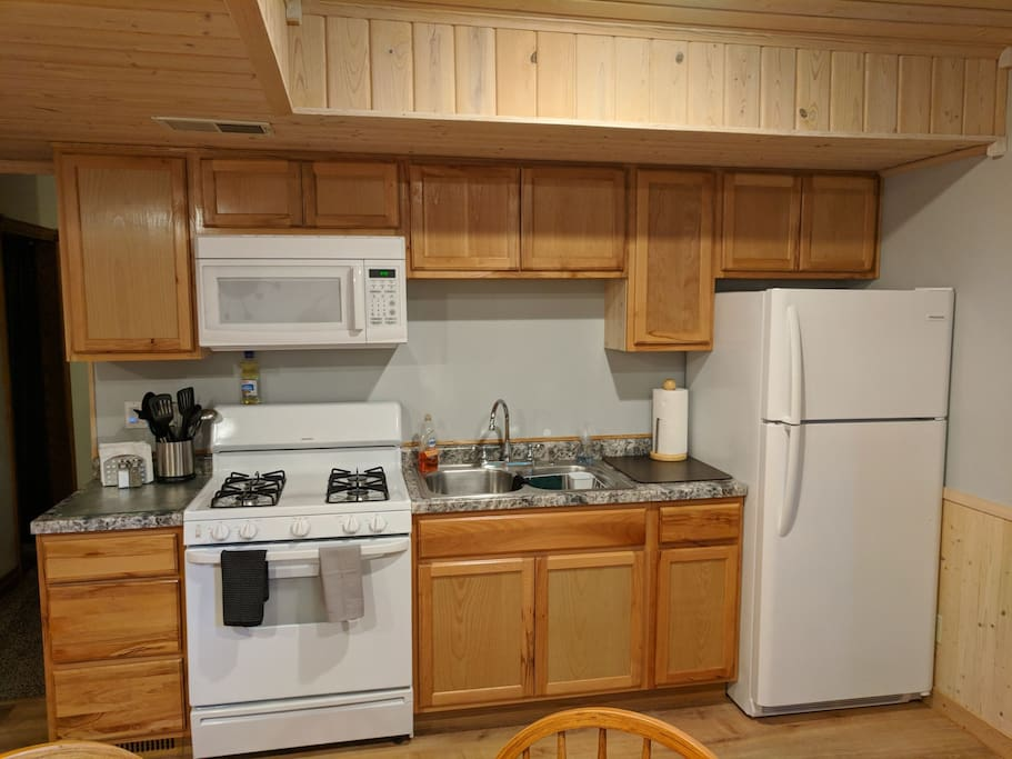 New Kitchen with all new appliances.