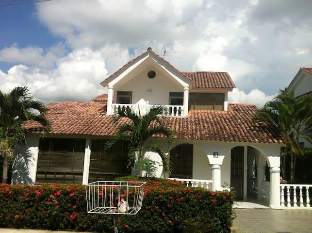 Hermosa casa de descanso