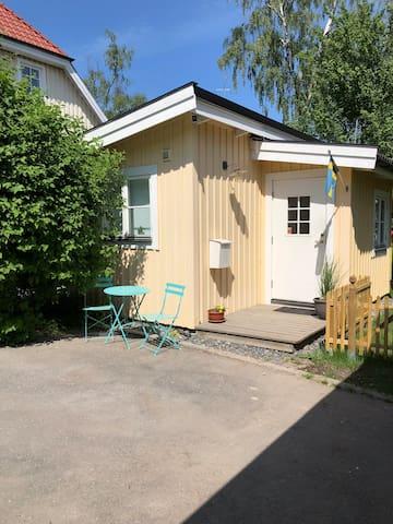 Beautiful little cottage in Stockholm Mälarhöjden