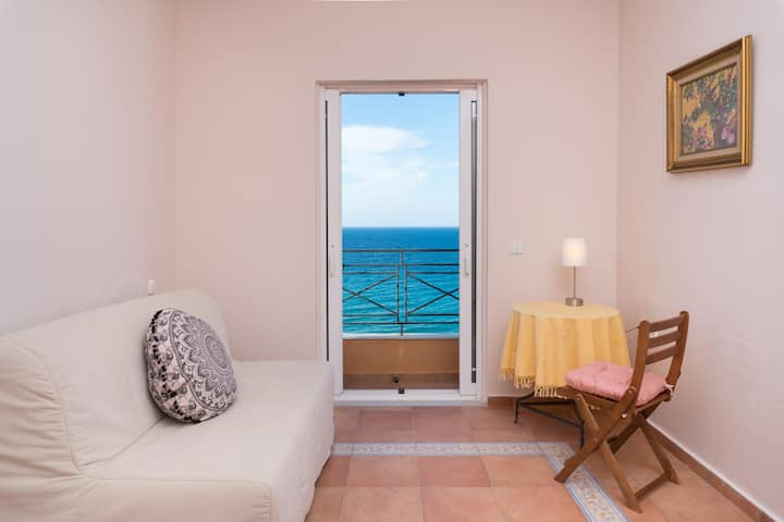 Ioanna's Perfect Sea View Apartment (2)