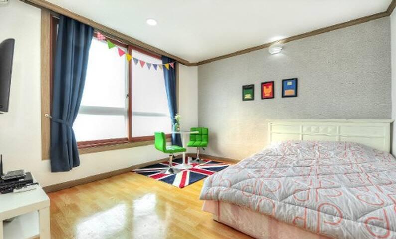 속초해수욕장 앞 아기자기한 커플룸(3층영웅) - Saemaeul-gil, Sokcho-si - Lägenhet