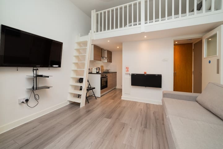 Kensington Studio 5 minutes from Piccadilly line