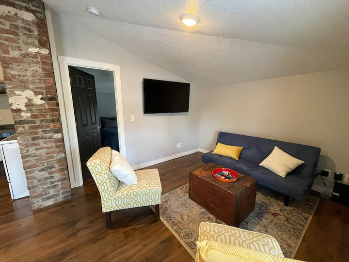 Newly Remodeled Apartment in Historic Building