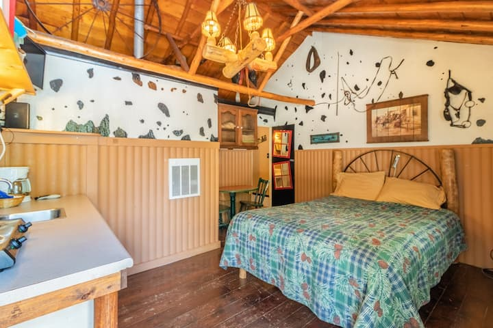 """The Tack Room"" Cabin #3 @ MLL"