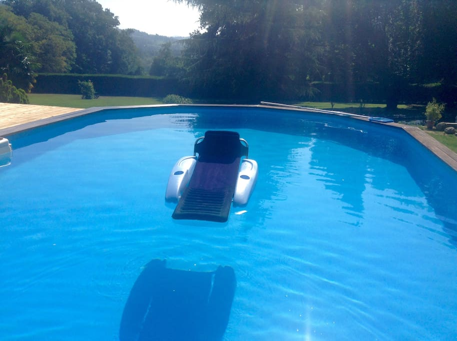 Infinity newly installed swimming pool large sun deck