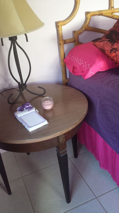 side table with lamp and will provide flavored water upon arrival