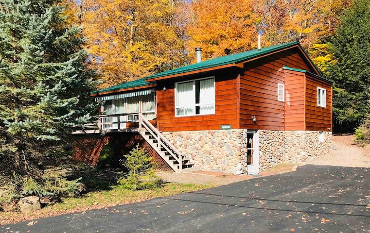Quiet Old Forge Getaway- Mins from Fulton Lakes