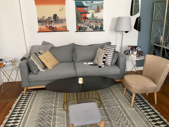 Lovely 2 bedroom apartment in Paris 16