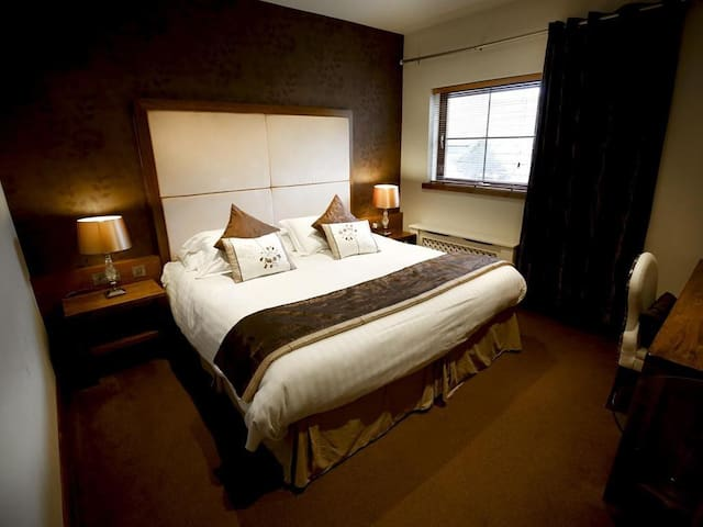 Double or Twin room at Customs House Country Inn