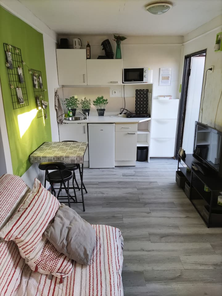 Logement type studio cosy indépendant au calme