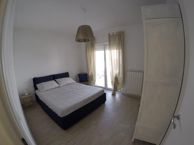 Accogliente stanza doppia a pochi passi dal mare - Marina di San Vito - Apartament