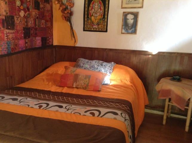 El cortijo los iberos - Bubión - Bed & Breakfast