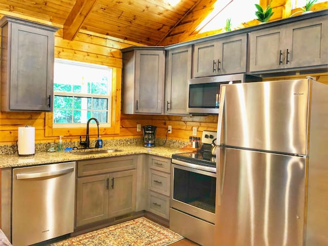 Creeksong Cabin in the heart of the Red River Gorge, KY