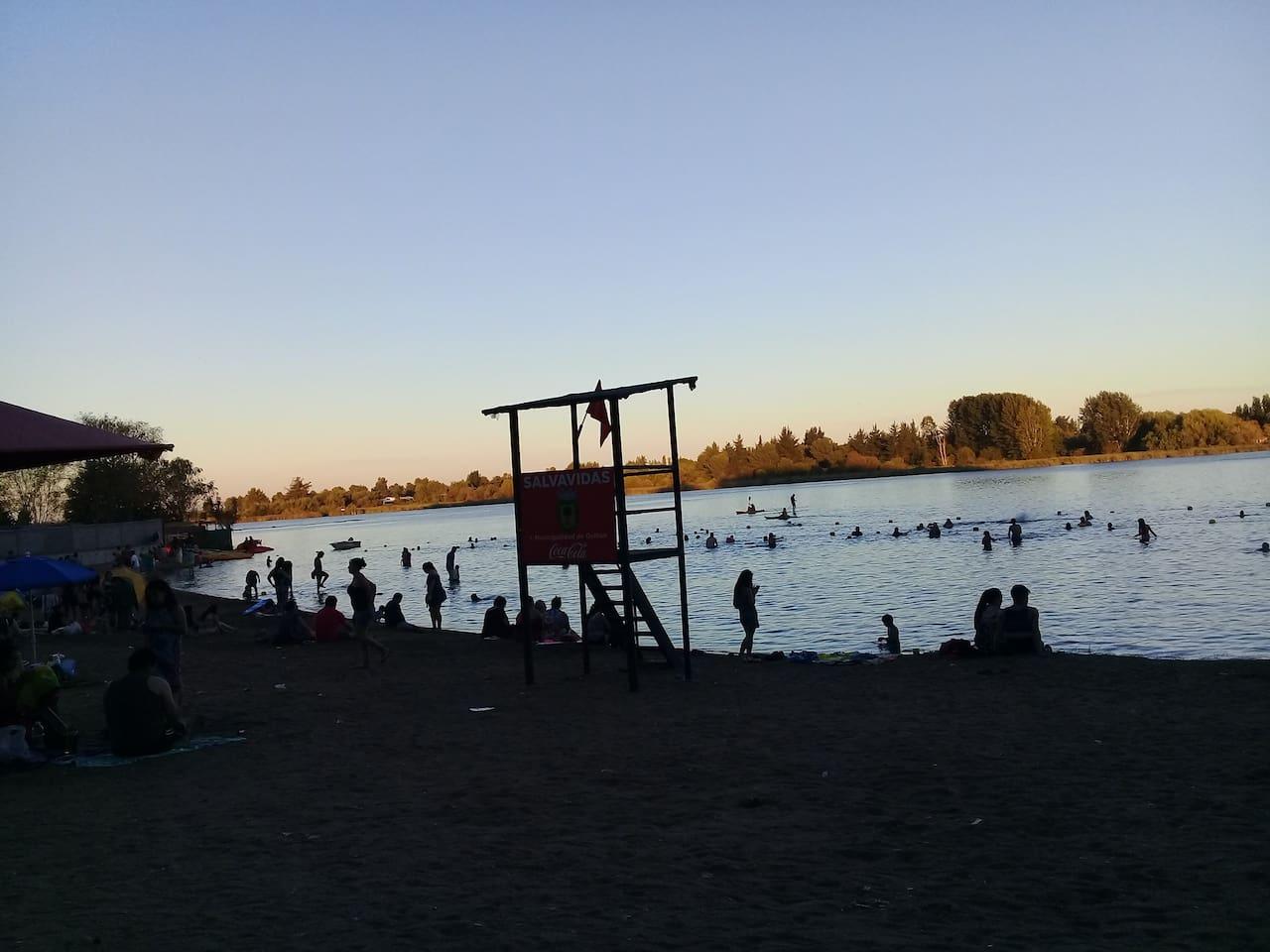 Laguna Avendaño, Quillón. Balneario Municipal. Estamos a 600 metros de distancia del Balneario Municipal