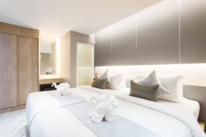 Big 60sq.m. 1-bedroom apartments in Patong hotel