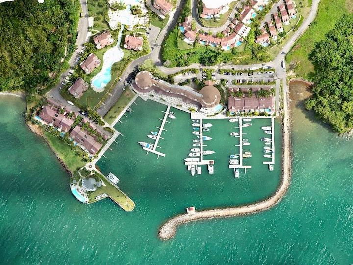 Casa Completa p/10 con vista a la Bahia de Samana