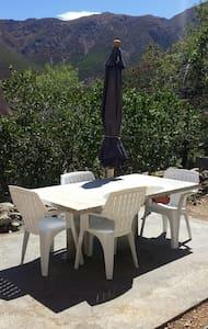 Villa neuve avec jardin - Occhiatana - Ev