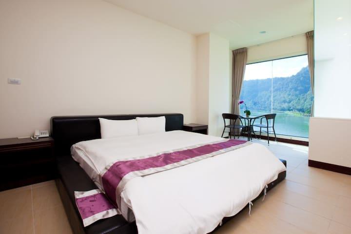 鯉魚躍渡假 - Puli Township - Bed & Breakfast