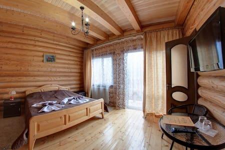 Двухместный номер с балконом №33 - Yaremcha