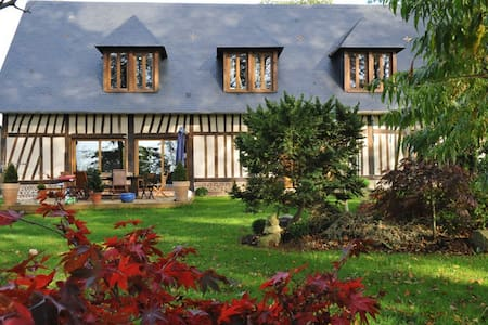 """Maison Normande """"Au Temps des Buis"""" - Gonneville-sur-Scie"""